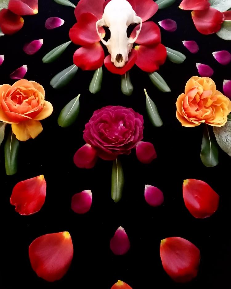 Making altars roses, skulls, le - rogueminx | ello