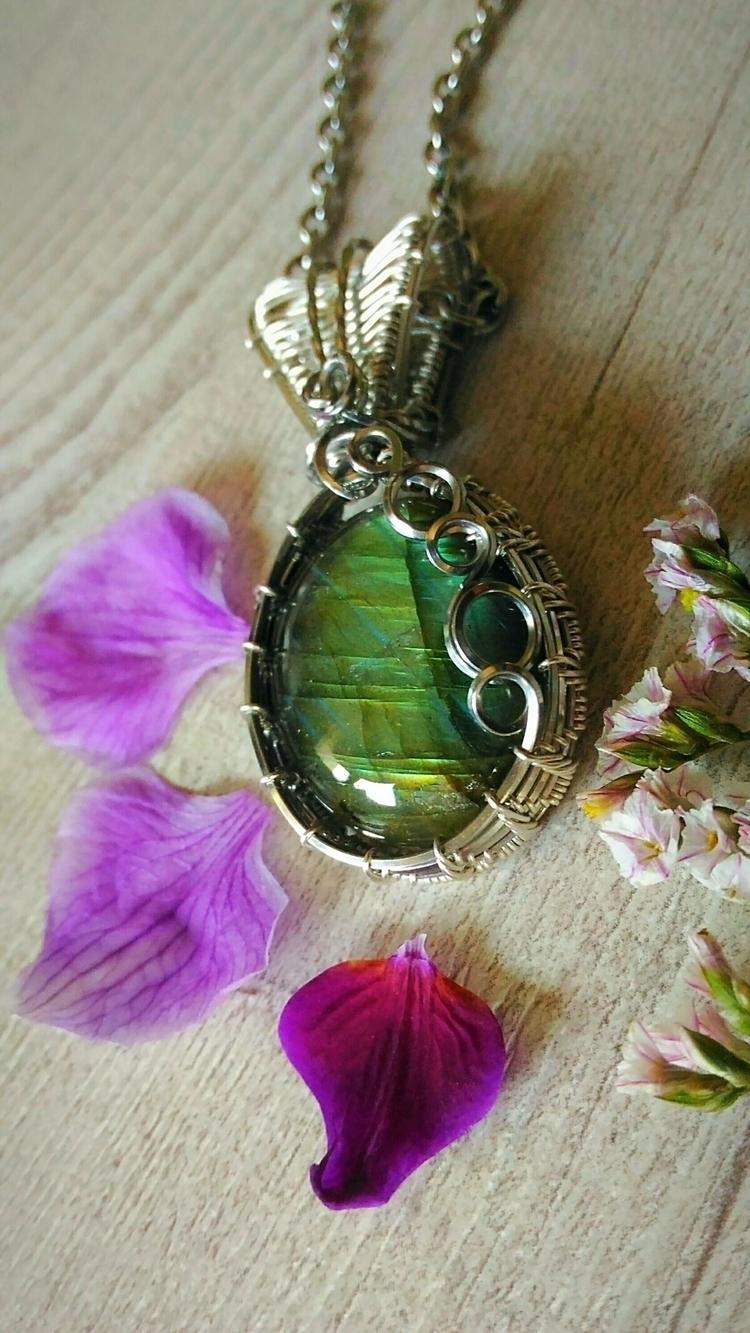 starting obsesed mini pendants - handmadejewelsbyfede | ello