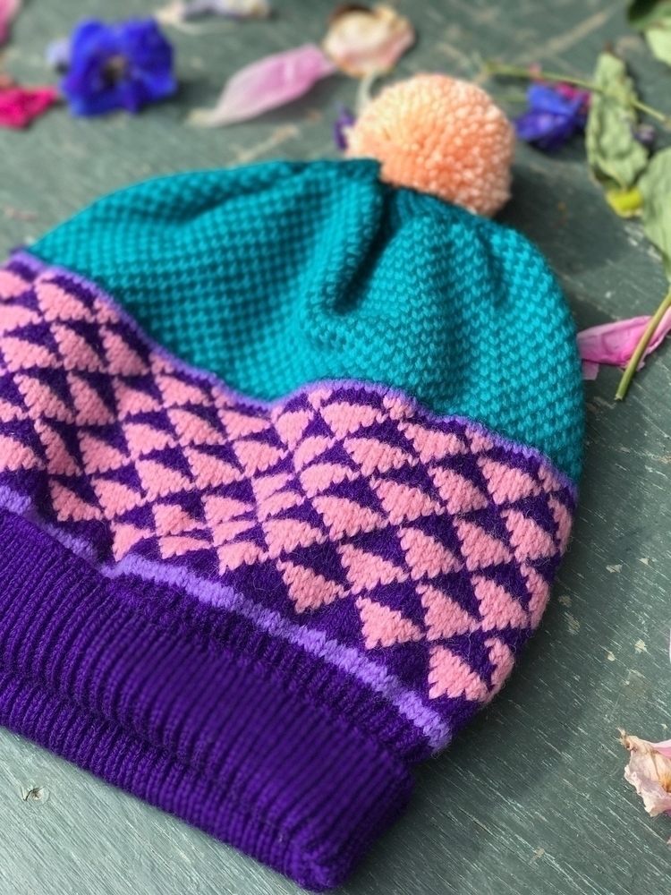 Market day  - knit, handmade, maker - ravelandunravel   ello