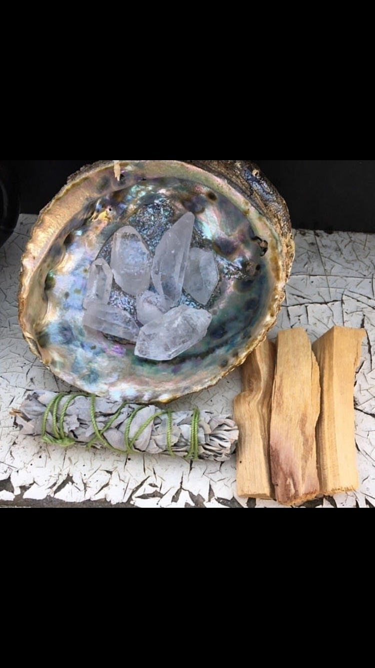 Smudge life - minerals#fossils#sage#smudging#palosanto#life'sstages#ello#elloshop#ellocrystals#crystalshop#etsy#etsycrysyalshop#supportsmallshops#innerpeace#kundalini#chakras#5thdimensionlenerguhealing#meditation#reiki#reikihealing#tarot#tarotreader#tarotnewbie#tarotreadersofig - sacredseacrystals | ello