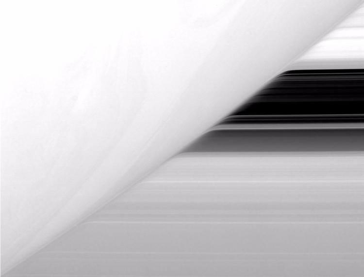 Cassini—13 Years Orbit Saturn - saturn - valosalo   ello