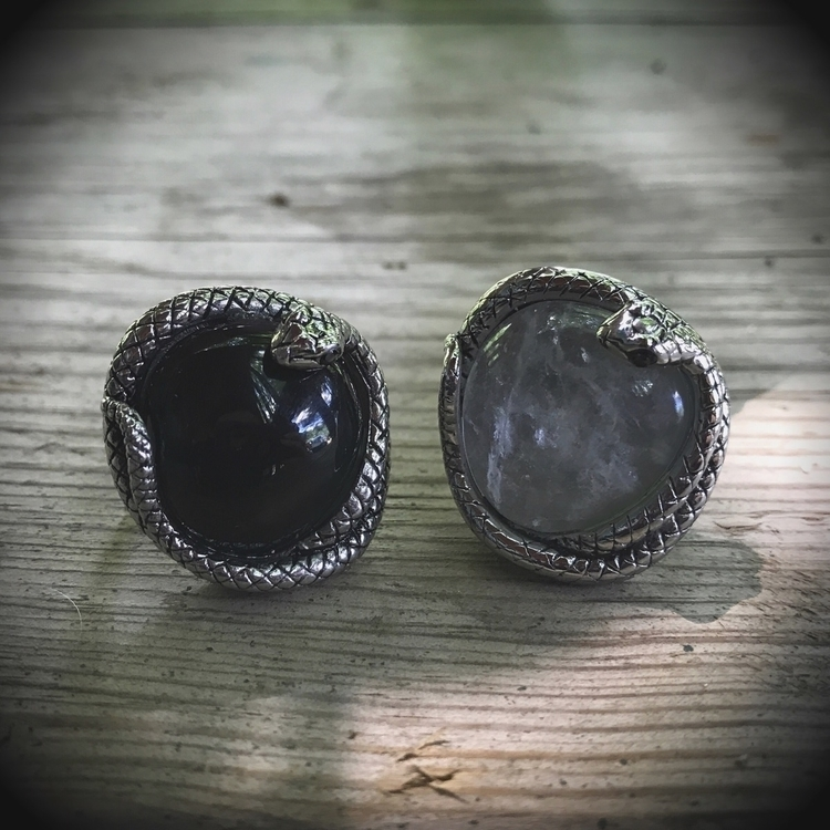 Gift Rings Onyx Quartz 25% 30%  - evil_pawn_jewelry | ello