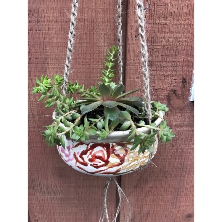 planters 🥀 - planter, succulents - muddynature_pottery   ello