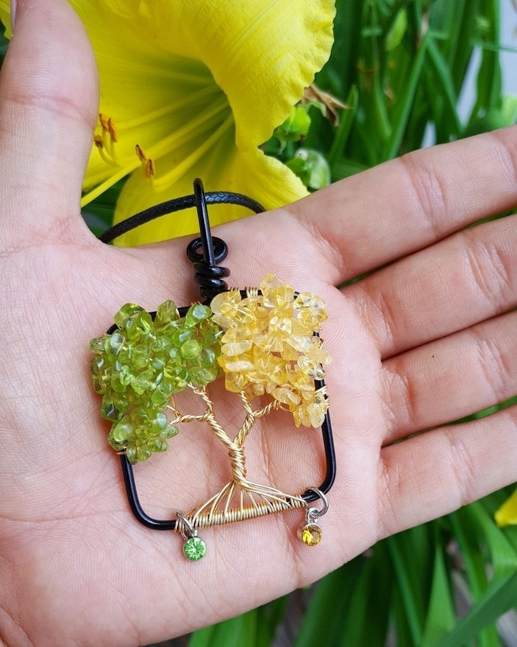 Peridot Citrine Tree Life Cryst - kays_kreationss | ello
