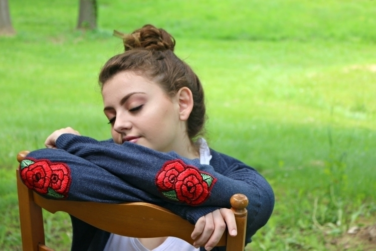 Red Roses elbow patches blue co - marysdreamstudio   ello