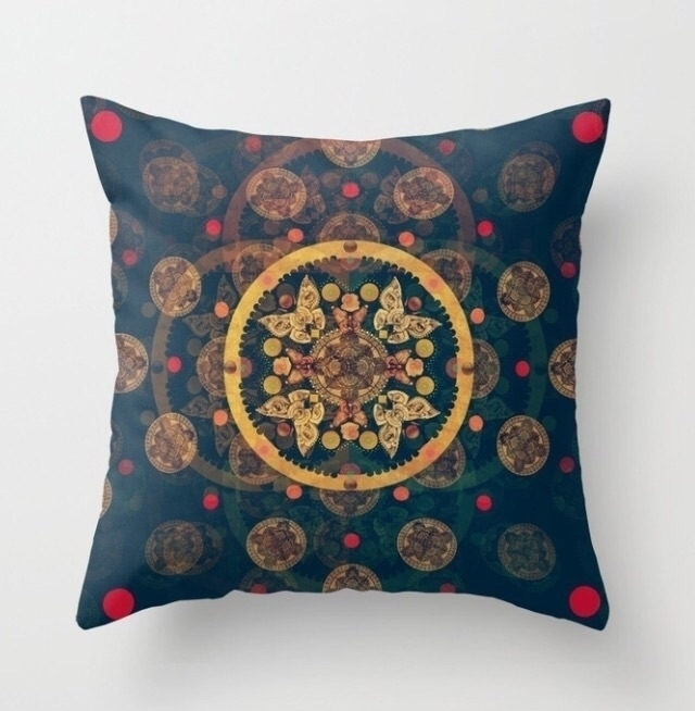 Makossa throw pillow - homedecor - trinkl | ello