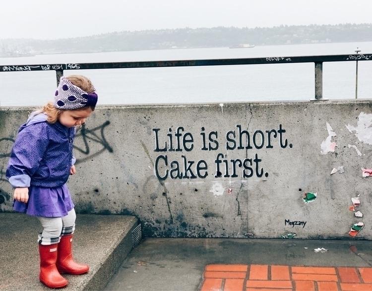 real  - cutekid, cakefirst, livelife - ravelandunravel | ello