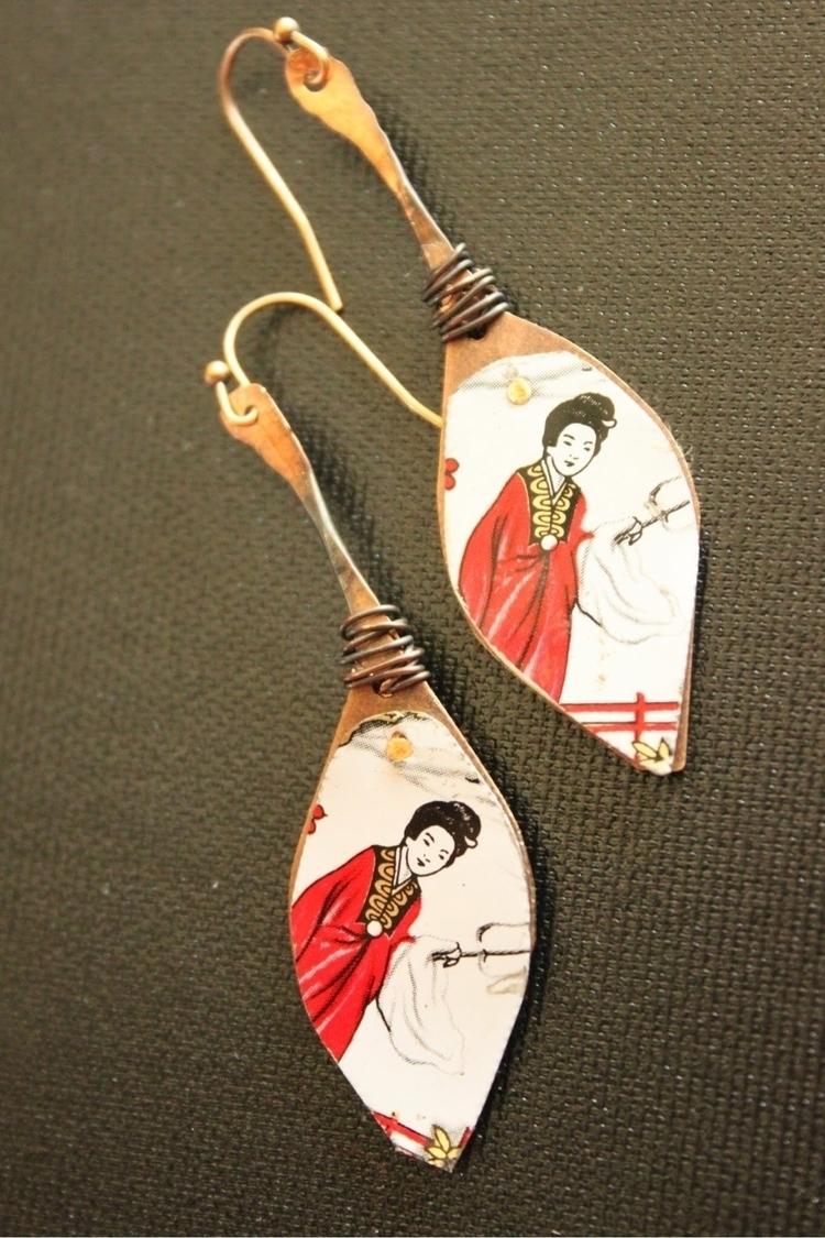 hand riveting time! geisha tin  - spectrakraft   ello