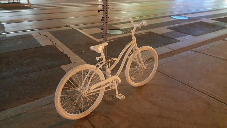 Ghost Bikes small somber memori - koutayba   ello
