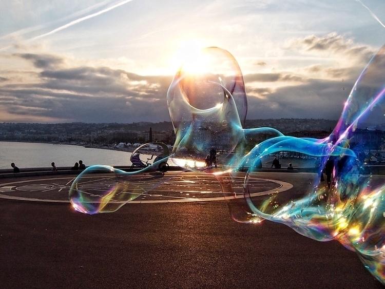 Fragments light - Nice, France, bubblesnotwar - kyphotos | ello