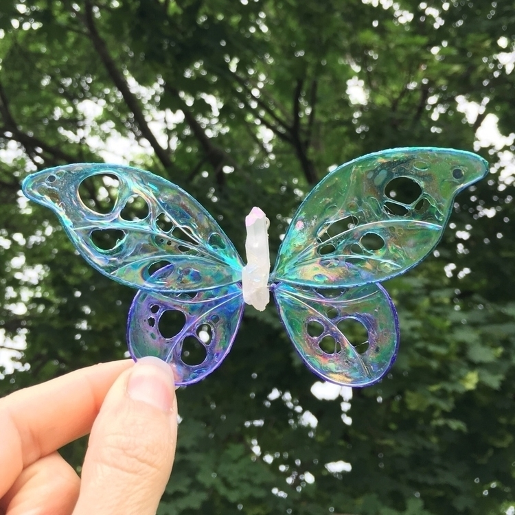 Pretty pretty bicolor crystal b - faerieblessings | ello