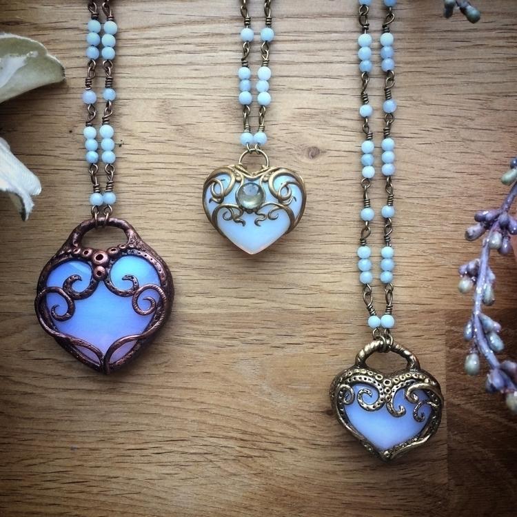 love heart necklaces wait :purp - amilliadesigns | ello