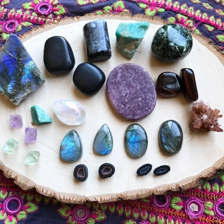 home Victor gem mineral show! b - taramantra | ello