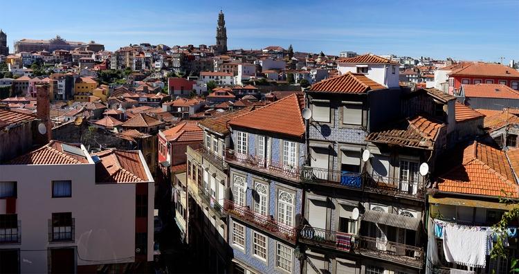 Les toits de la vieille ville p - gclavet | ello