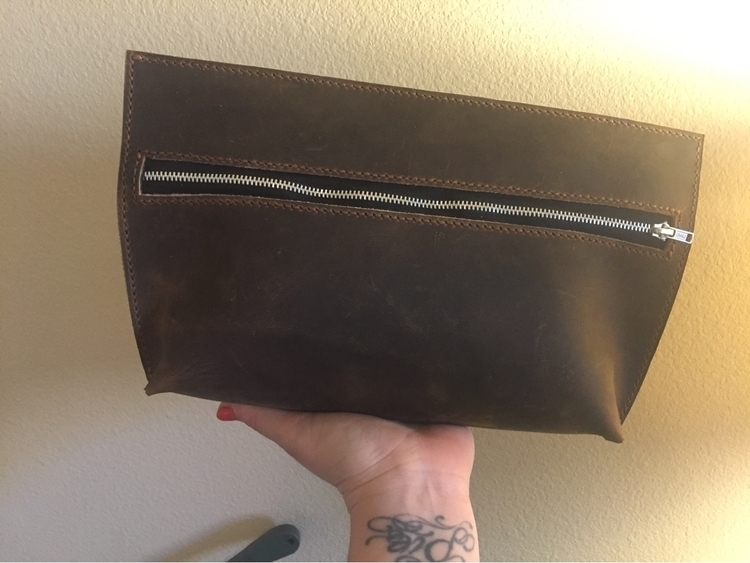 simple chic clutch. 12 clutch c - twinflameleatherco | ello