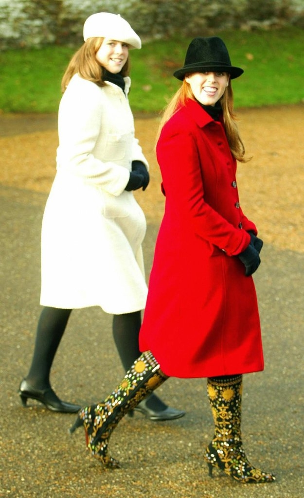 Princess Beatrice York Hangs Ka - clothesthatmatch | ello