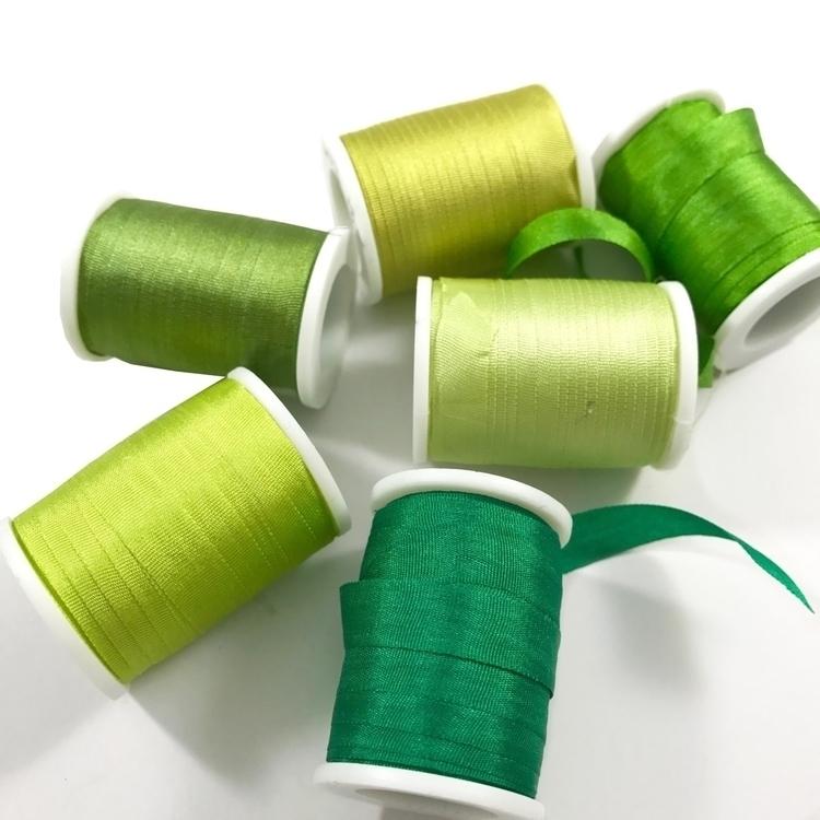 Green favorite color - ribbon, green - sewnbythebeach | ello