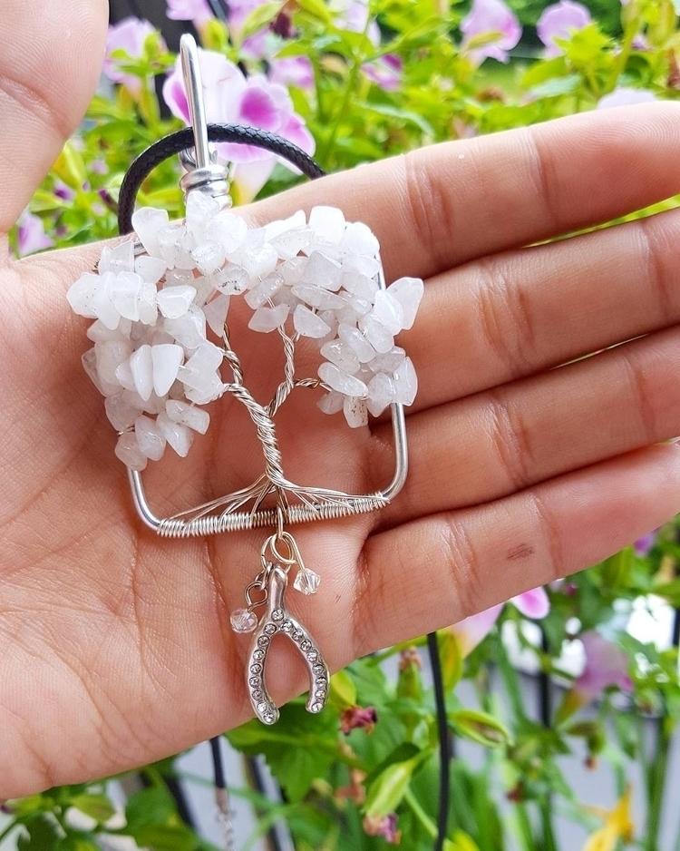 Wishbone Tree Life grey quartz  - kays_kreationss | ello