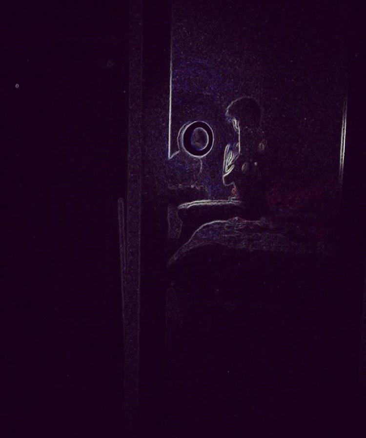 Poetry body - Darkness, loneliness - azulaymara | ello