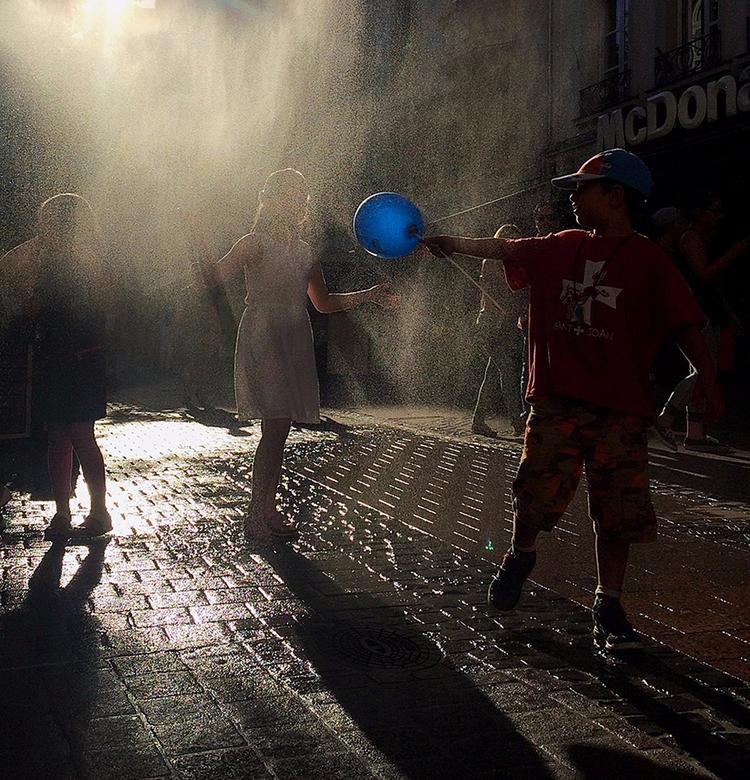 Iphone shot - streetphotography - dudau | ello