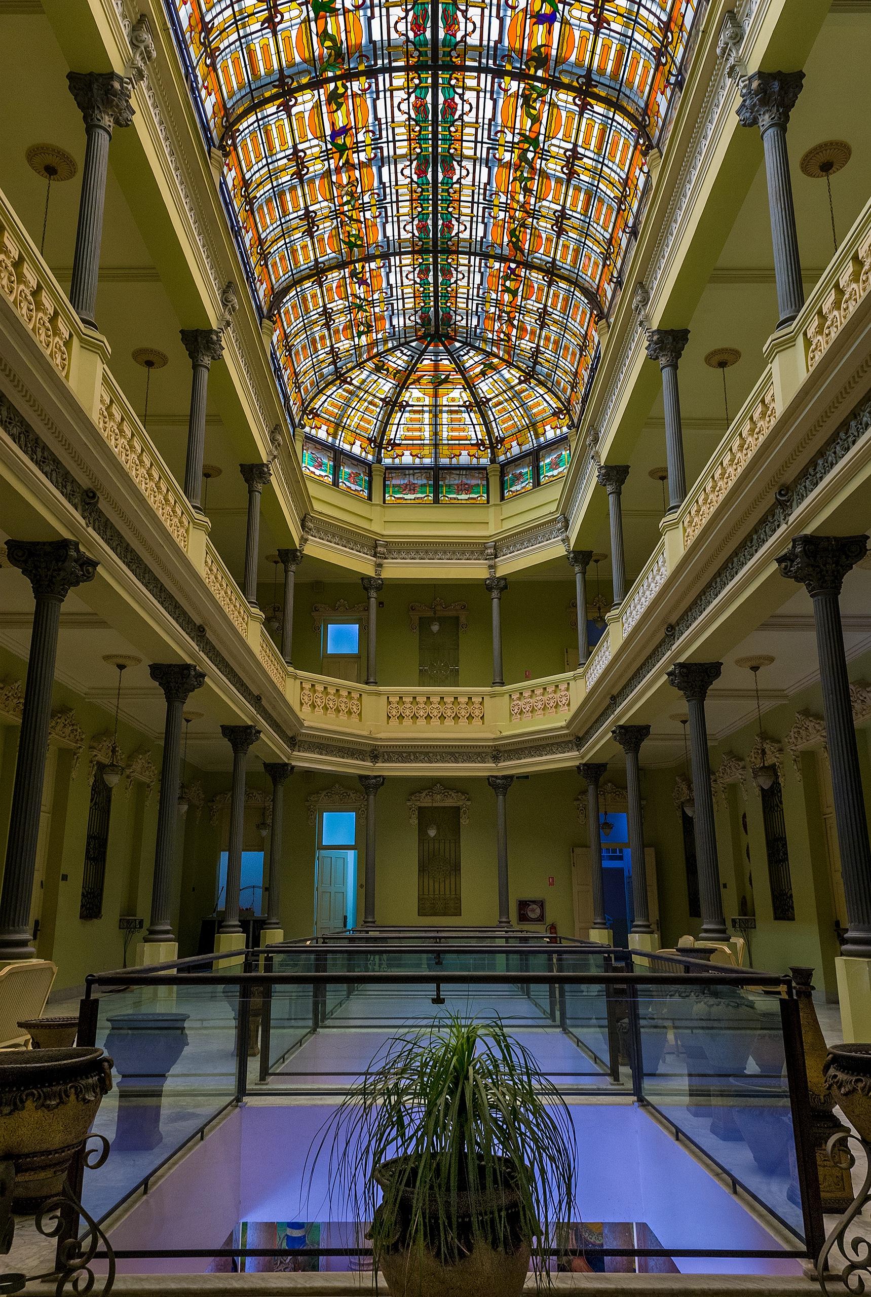 Belle Etage skylight - Habana, Cuba - christofkessemeier | ello