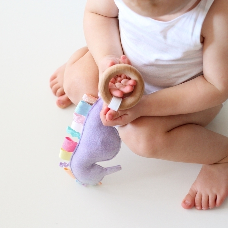 bangle - babyboy, babyphotography - littlepouts   ello