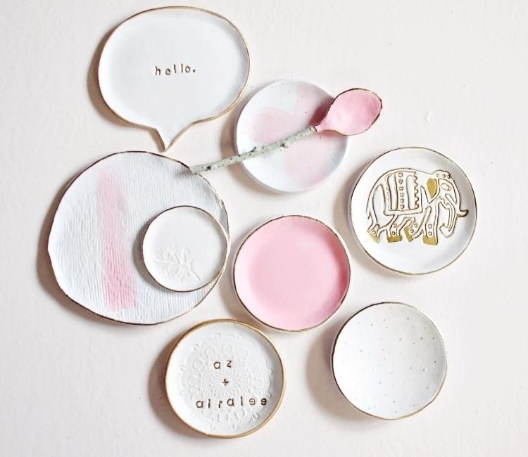 Touches pink  - clay, pottery, ringdish - azandairalee | ello