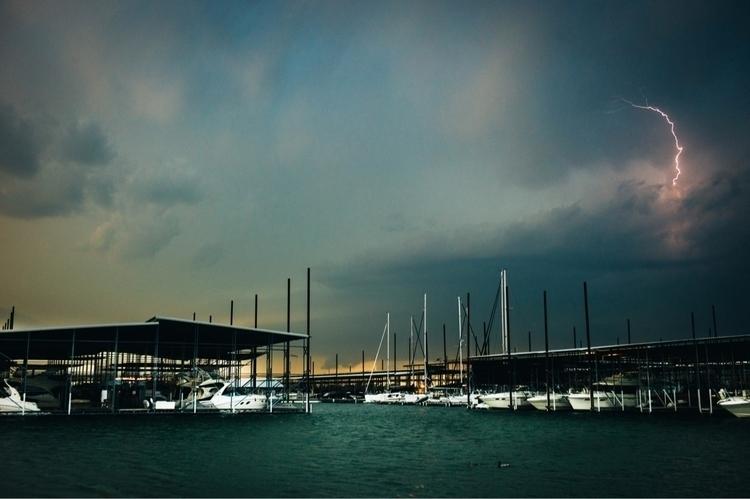 Leica M9, 35mm Summicron, Lake  - davevenable | ello