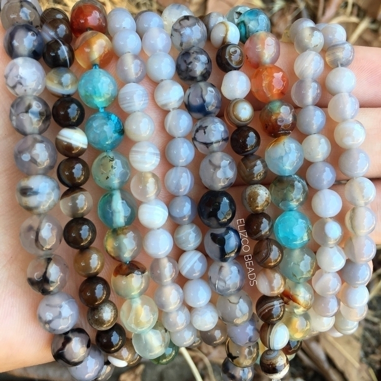 neutral beads beautiful hint bl - elizcobeads | ello