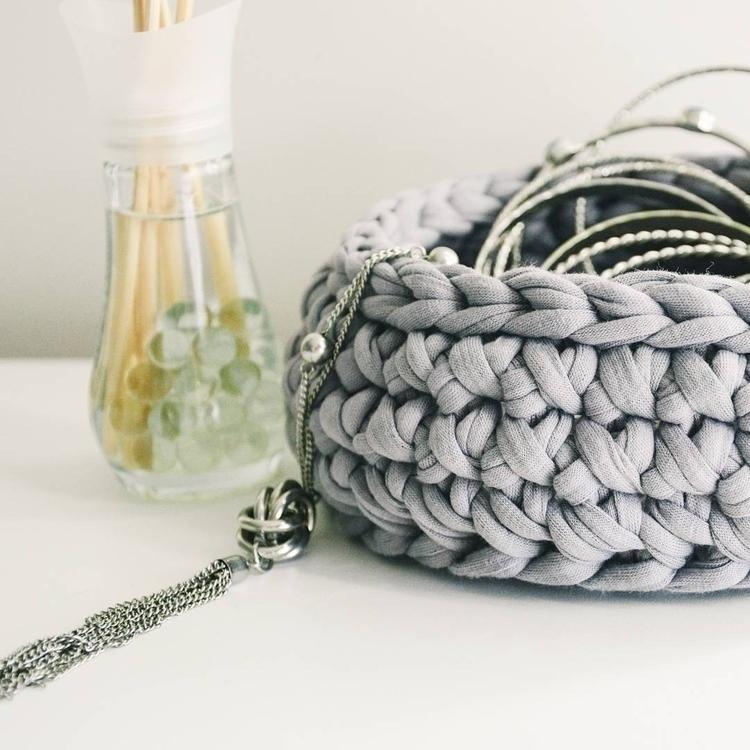 original design - crochet, wovenbasket - oliver_and_amber | ello