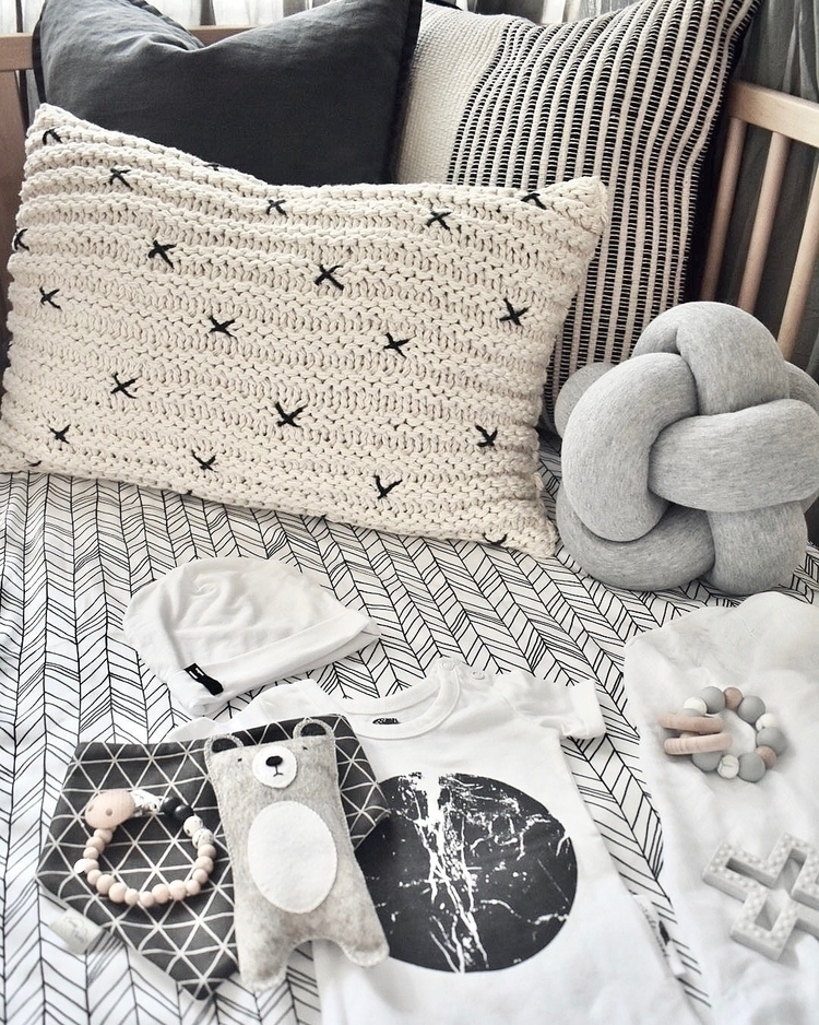 Baby cot perfect place flatlay  - chanteltaylor | ello