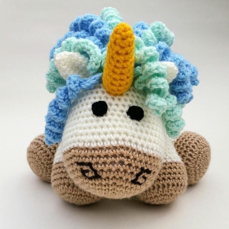 Cuddles unicorn - zala_threadz | ello