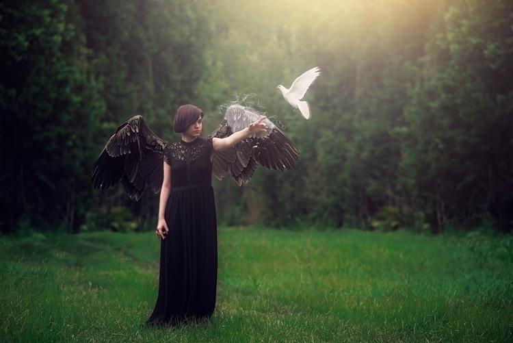 Angel Ascending - chrystalolivero | ello
