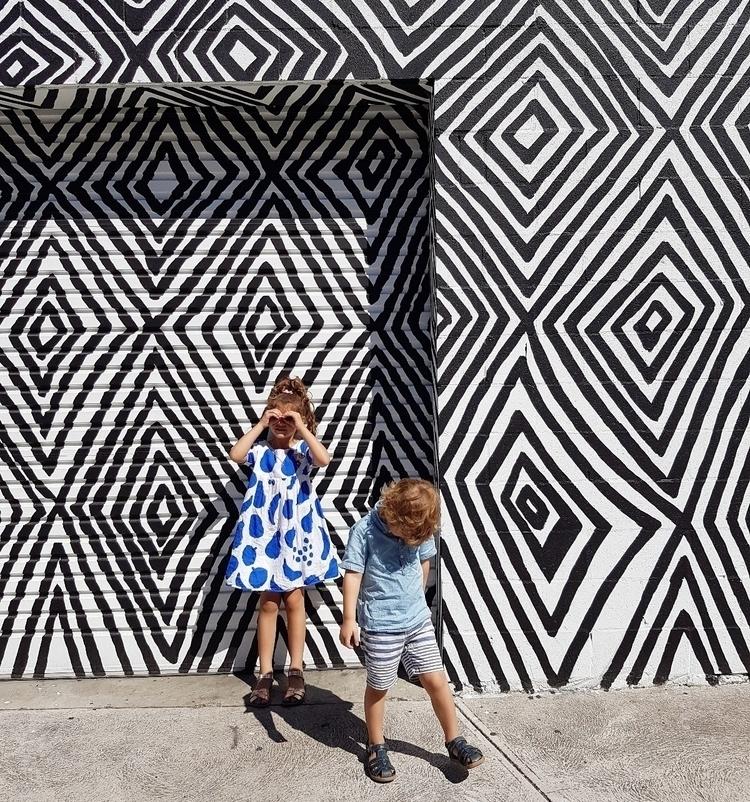 wall - eva_and_tissy | ello