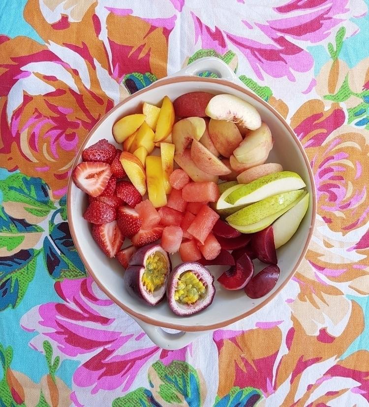 Dreaming summer fruit - eva_and_tissy | ello