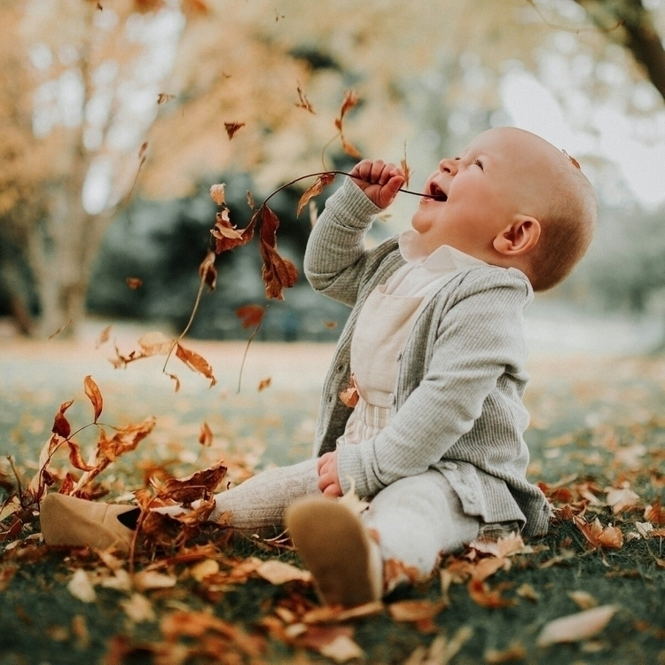 autumn madness - uniteinmotherhood - ashcam | ello