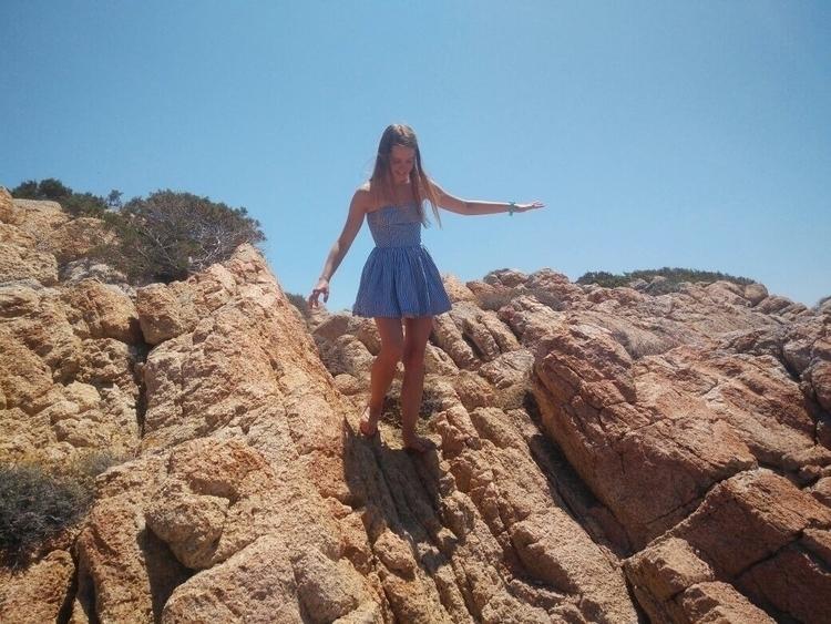 Visiting Caprera - Italy:thumbsup::beach_umbrella: - juliakonkov   ello