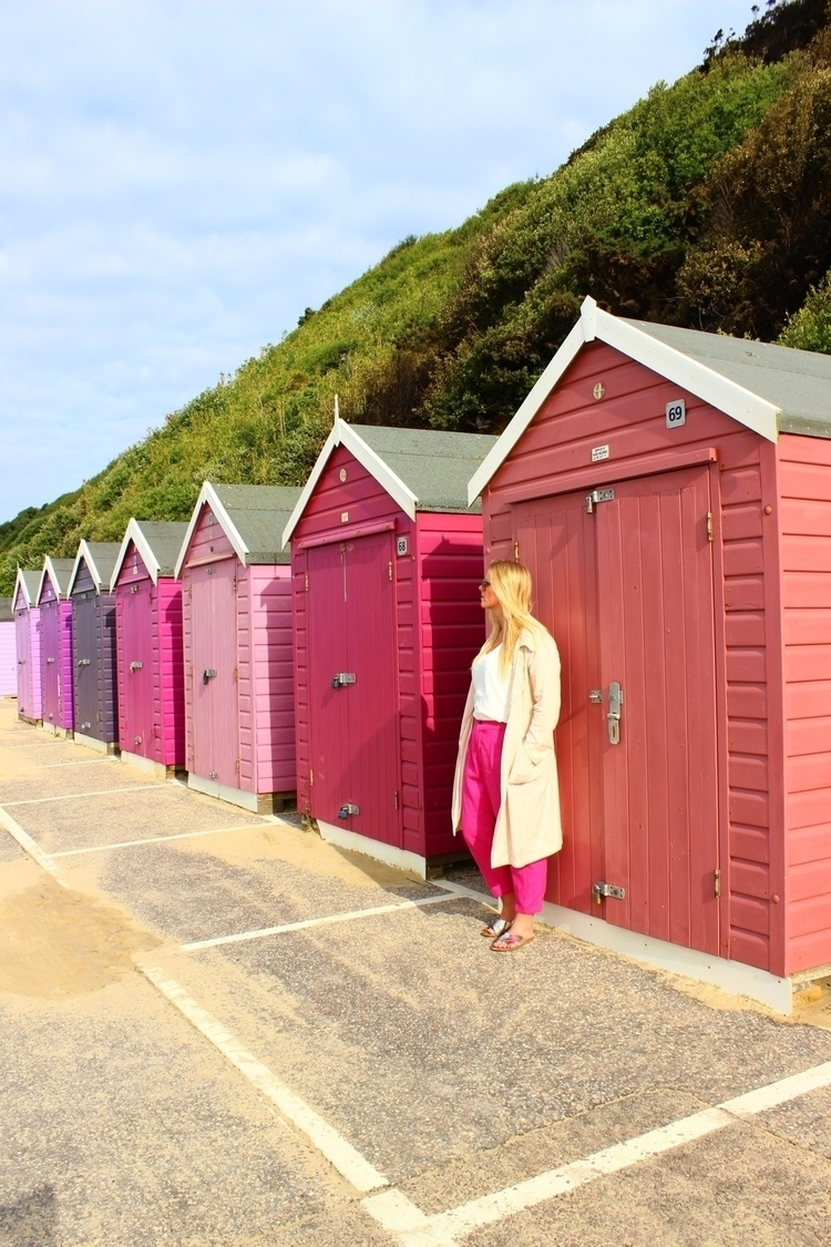 Pink pink - summer, beachboxes, fashion - thenomadsproject | ello