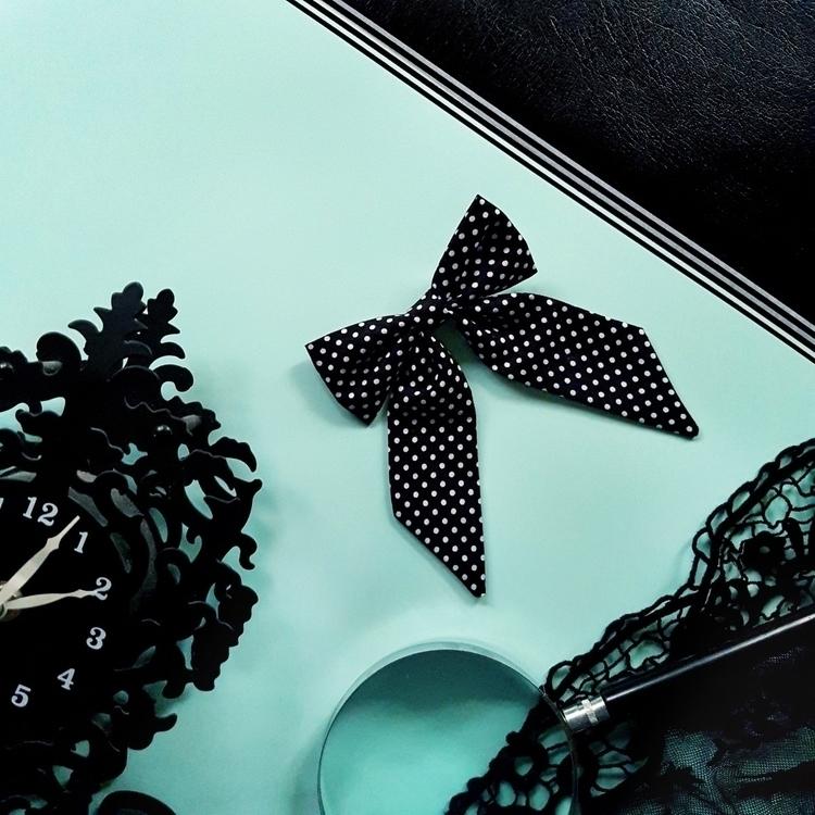 Mint Black leather Vinyl - vinyl - hartbyhayley | ello