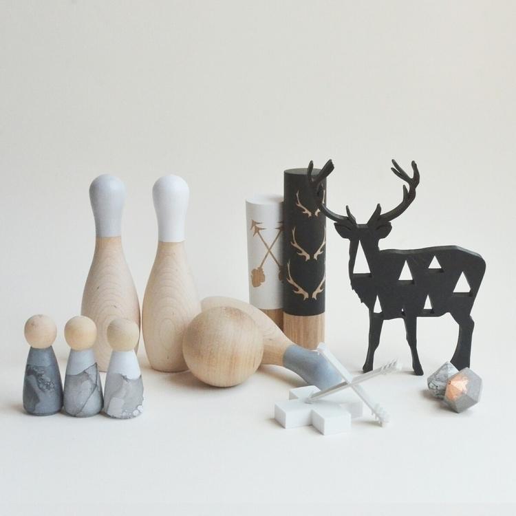 greyscale [[ marble peg dolls + - deerandfox | ello