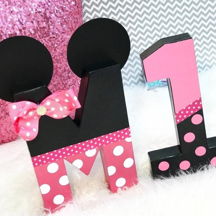 Grab 2 $20 letter decor theme l - ittybitsdesigns | ello