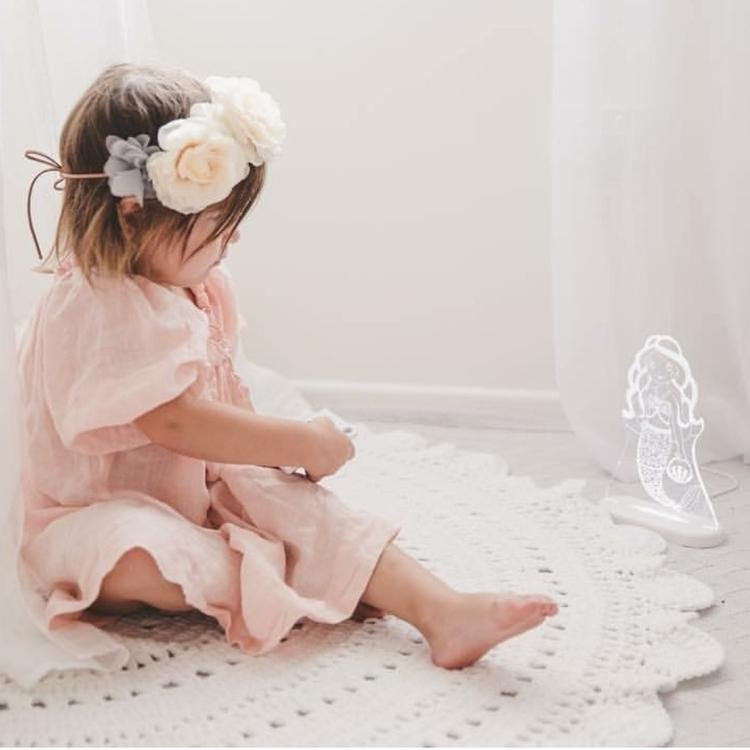 //Annie rug// stock white. colo - thesailingsheep | ello