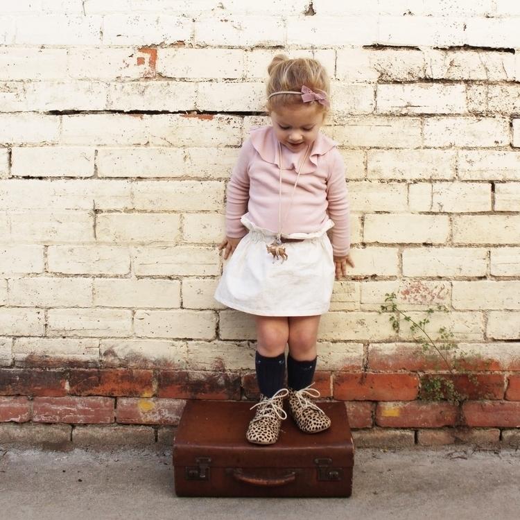 Lulu stroll suitcase wearing - lulukatestyle | ello