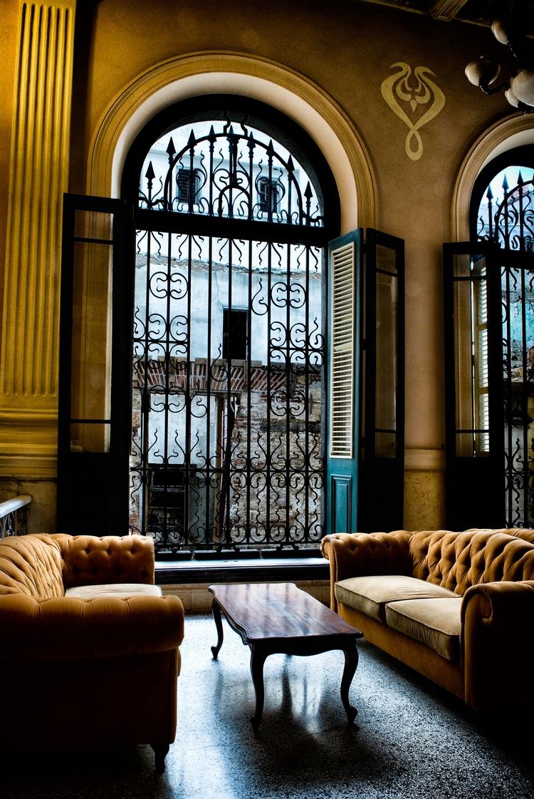 lounge - Habana, Cuba, interior - christofkessemeier | ello