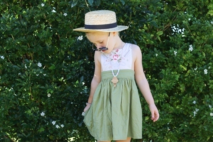 takes hat favourite - aubristrawberry - raisingaubri   ello