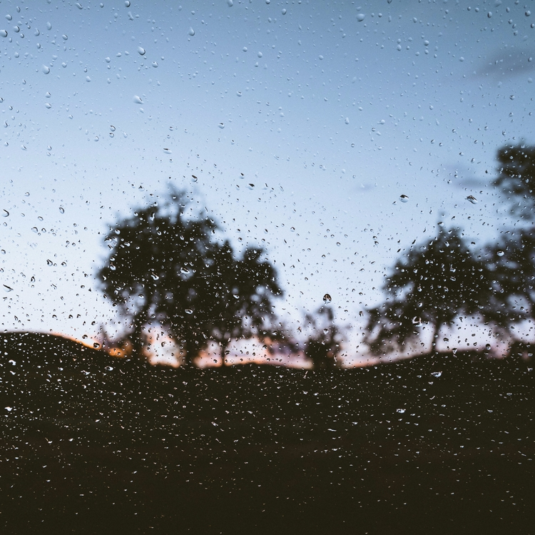 summer feelings. love feel rain - lavisuals | ello