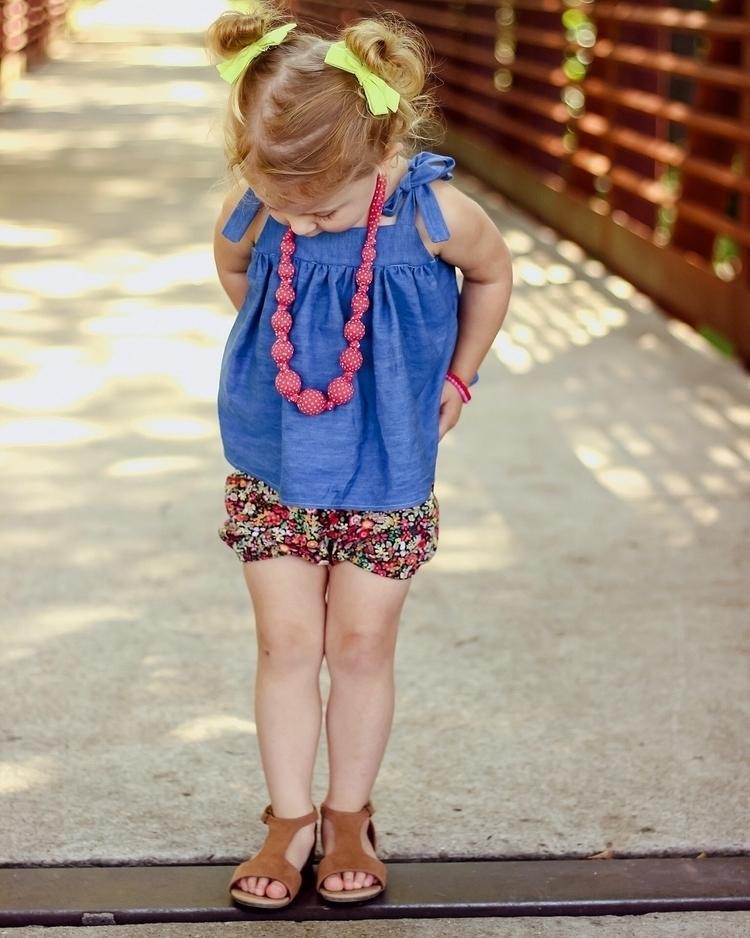 ready summer denim top floral b - littlemissandco | ello
