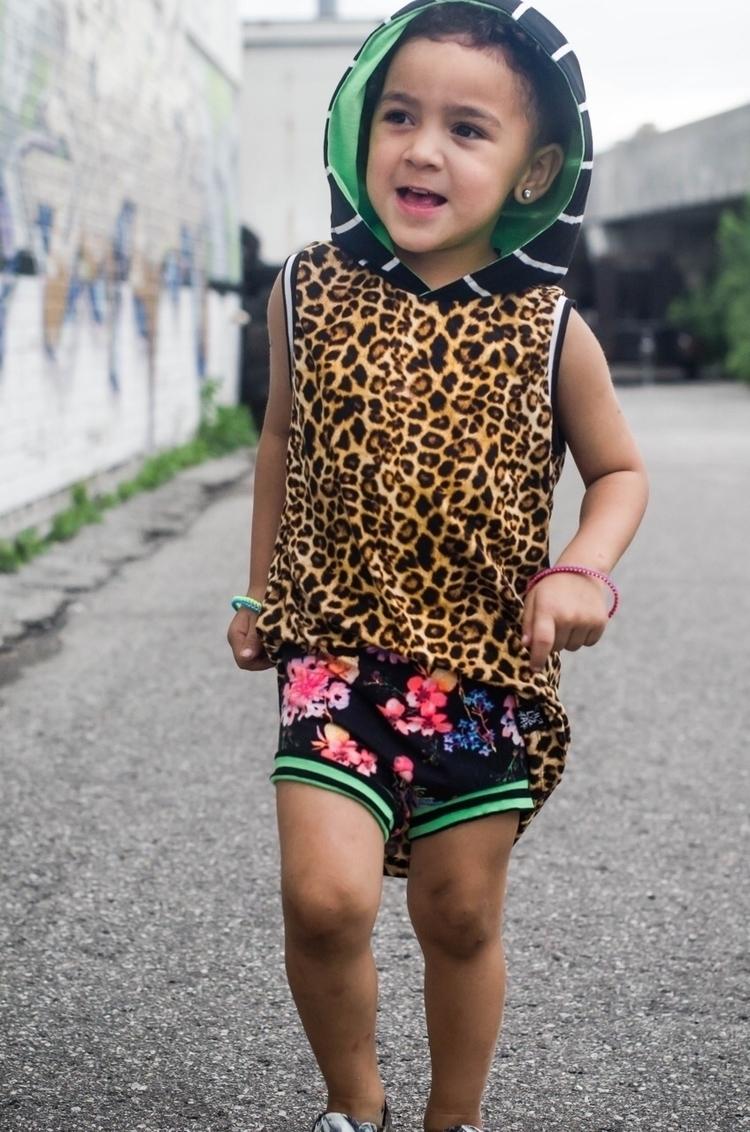 Leopard Hooded Tank + Neon Flor - littlehartsandarrows | ello