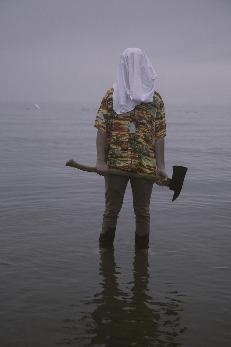 watch axe wielding beach crawle - max_pollak43 | ello