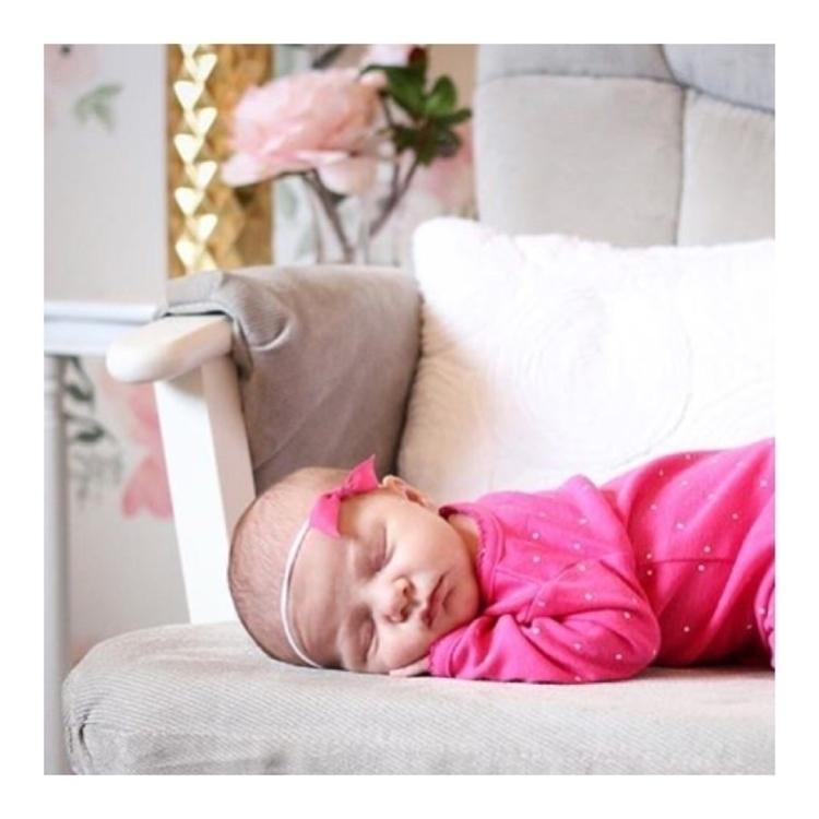 Sweetest newborn noggin wearing - coastalbowco | ello